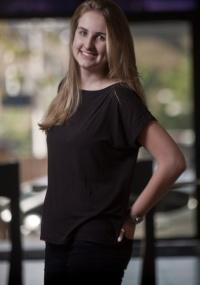 Carolina Riederer tem esclerose múltipla e se trata com um neurologista particular pago pela empresa em que trabalha