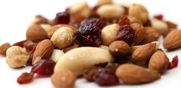 As oleaginosas são ricas em proteína, potássio, fósforo, vitaminas do complexo B, vitamina E e selênio
