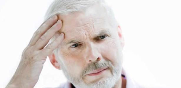A labirintite real (a infecção ou inflamação do labirinto) pode ser causada por vírus, bactérias, lesão na cabeça, alergia ou reação a um determinado medicamento