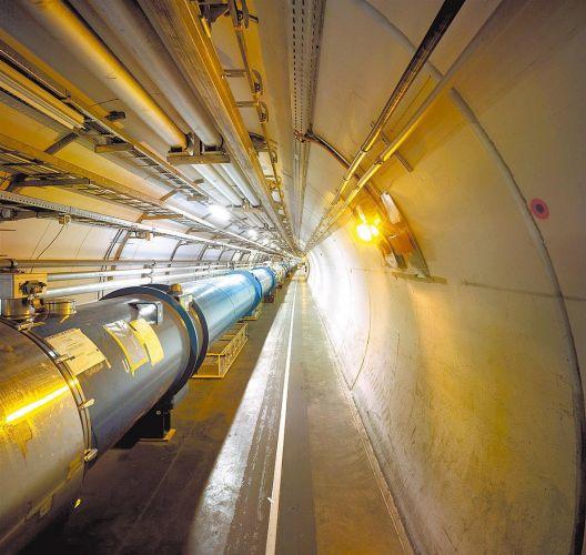 LHC religado