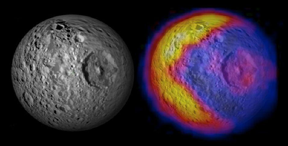 Pac-Man em lua de Saturno