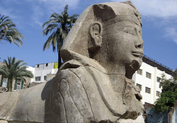 Esfinges encontradas no Egito