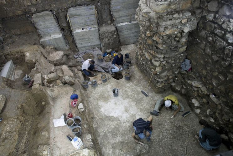 Piscina romana é encontrada em Jerusalém