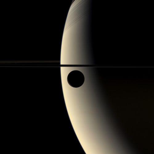 Oxigênio em lua de Saturno