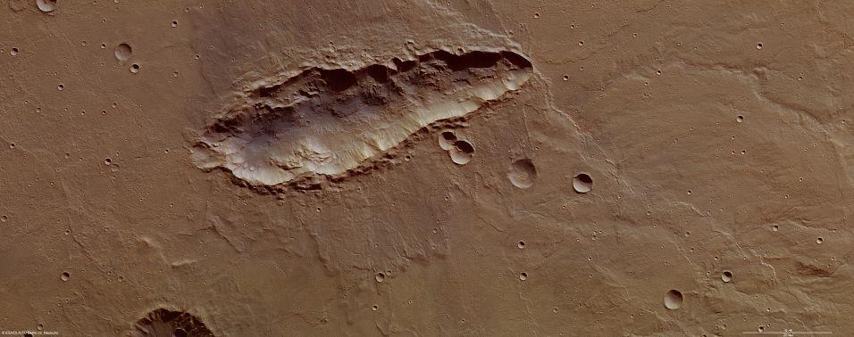 Cratera diferente