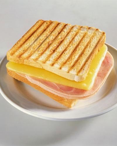 Embutidos e queijos