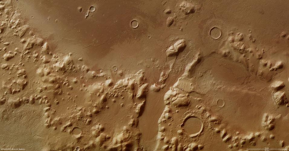 Phlegra Montes em Marte