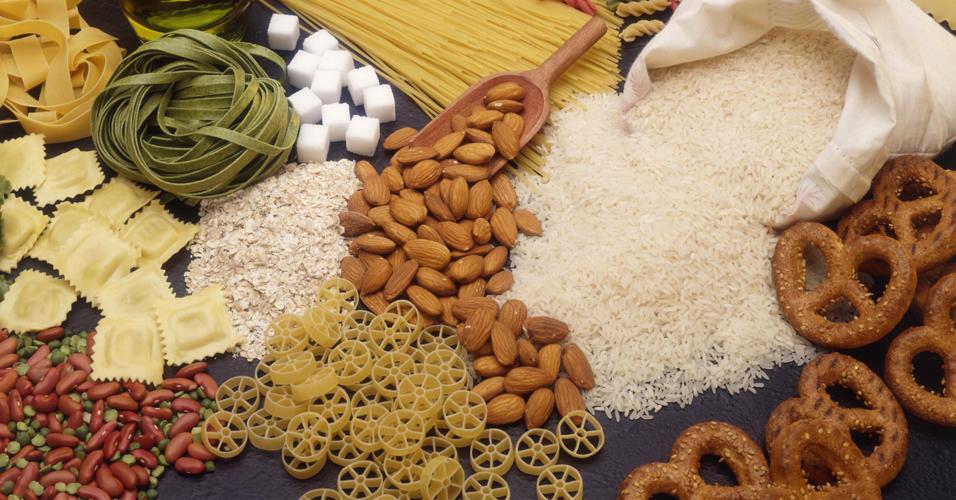 Dieta com menos carboidratos diminui gordura abdominal