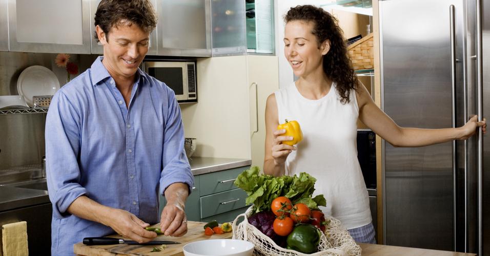 Comer em casa ajuda a fazer escolhas saudáveis