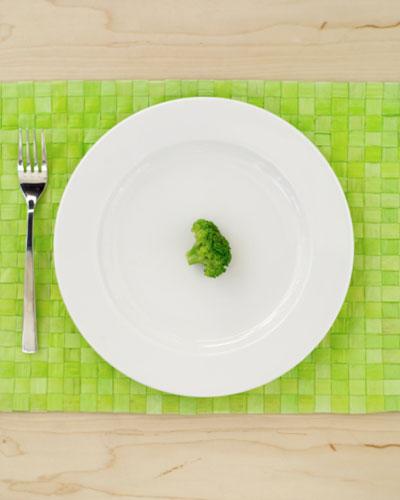 Coma em pratos menores