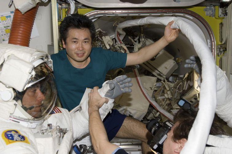 Mesma cueca no espaço