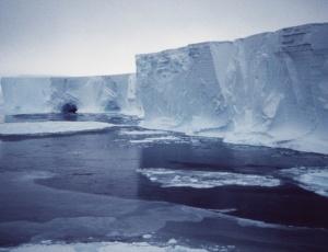 O iceberg tem o tamanho de metade do Distrito Federal e pode alterar o clima do planeta