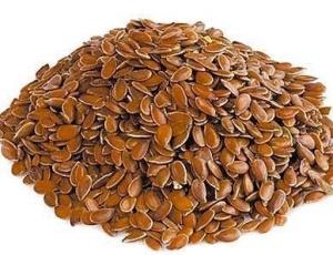 A semente de linhaça contém ômega-3, mas em menor quantidade que o óleo de peixe