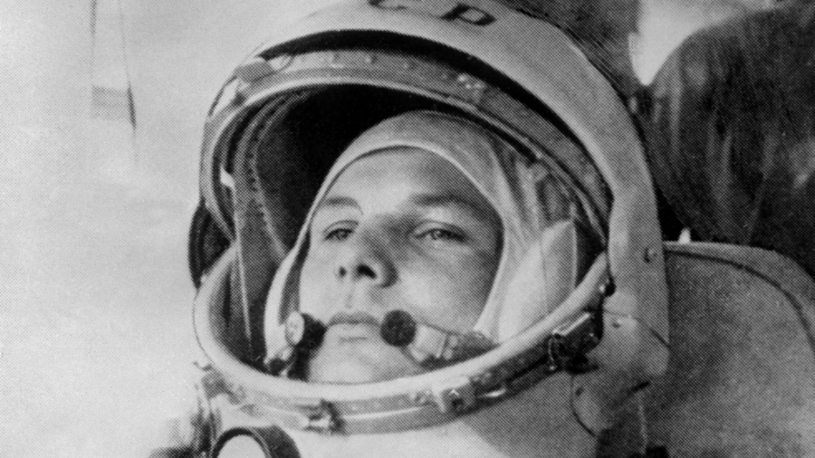 Yuri Gagarin foi o primeiro homem a viajar para o espaço - AFP
