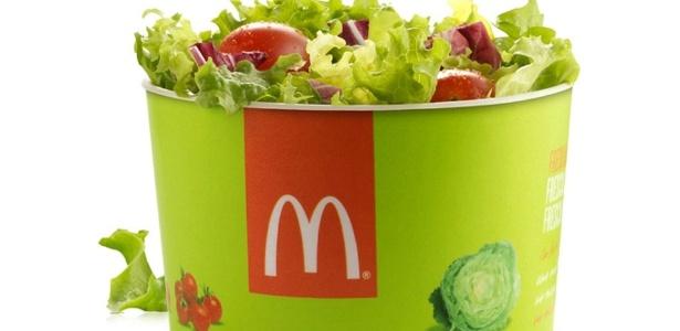 Nova salada terá cinco tipos de folhas e tomates-caprese