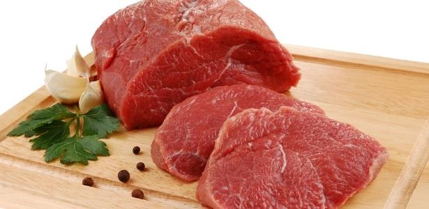 Pessoas anêmicas devem consumir carne, principalmente a vermelha, ótima fonte de ferro
