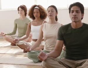 Os participantes do estudo que praticaram ioga tiveram até 20% de aumento na memória de longo prazo