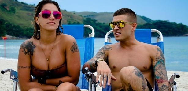 O casal de modelos Dani Bolina e Mateus Verdelho, que somam mais de 60 tatuagens juntos.